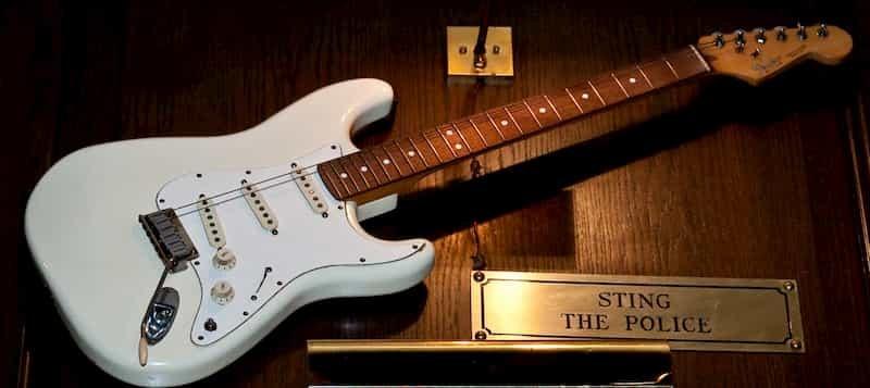 La Fender de Sting de Police