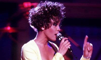 Whitney Houston en concierto como holograma
